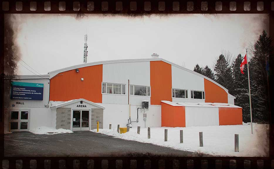 The first skate happened at the Stittsville arena on January 16, 1971 with no fanfare or ribbon cutting. Over 200 people showed up that evening. Barry Gray (for StittsvilleCentral)