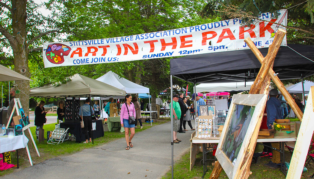 Arts in the Park 2017. Photo by Barry Gray.