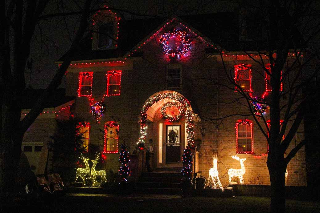 Christmas lights on Belton St. Photo by Barry Gray