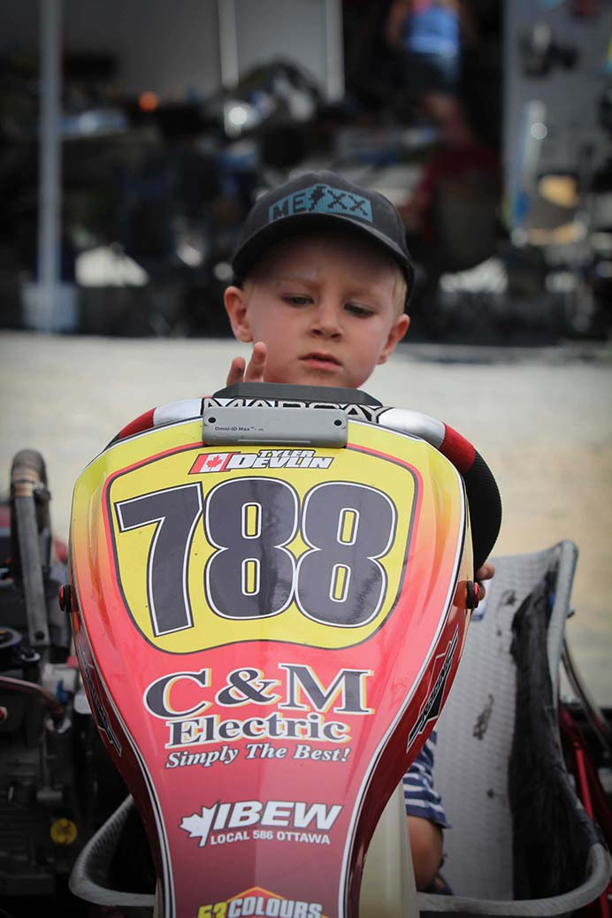 STITTSVILLE, ON. August 7, 2016. Karter's Korners. A future racer checks outa kart in the pits. Barry Gray (StittsvilleCentral).
