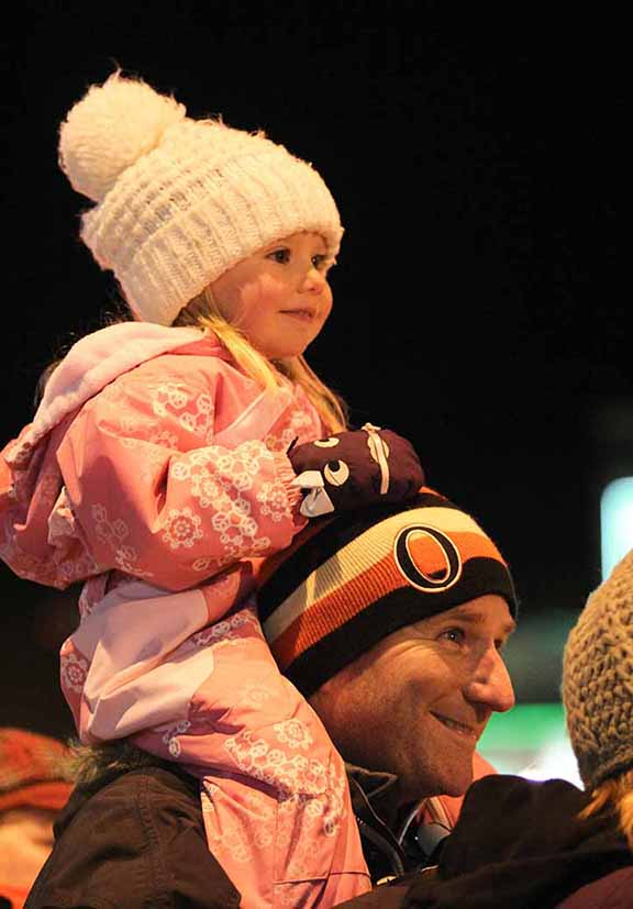 STITTSVILLE, ON. November 28. 2015. Waiting for Santa at the Parade of Lights. Barry Gray (For StittsvilleCentral).