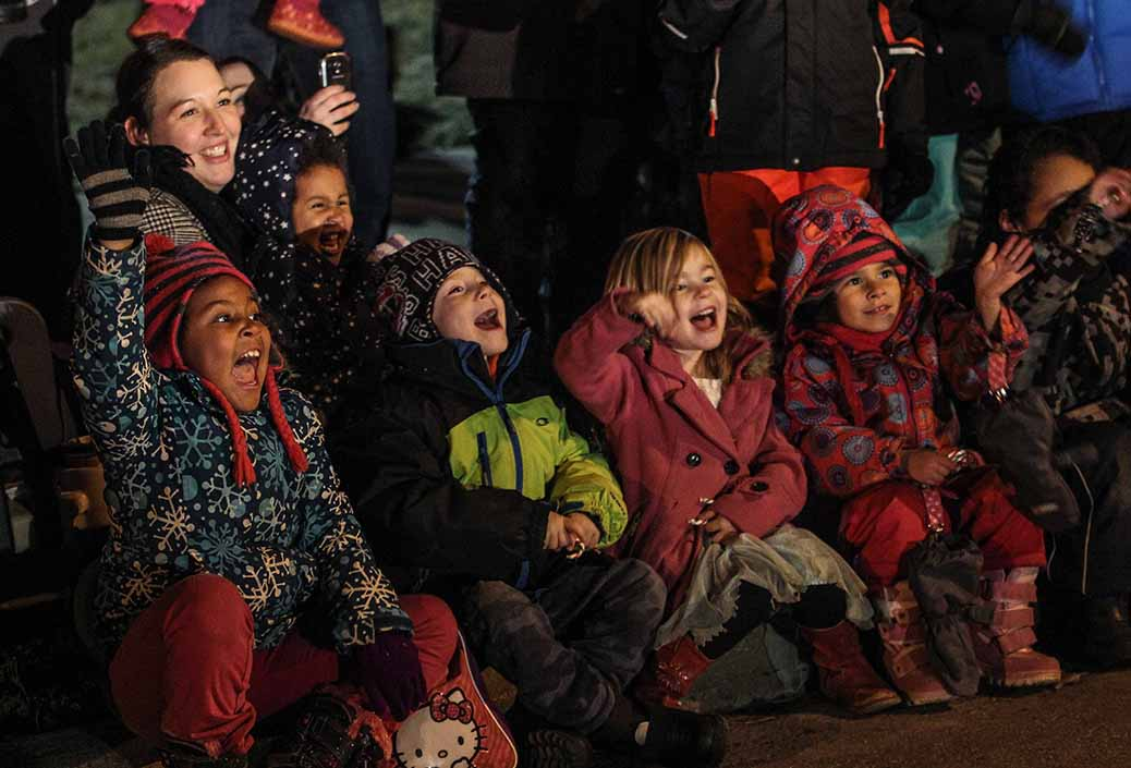 STITTSVILLE, ON. November 28. 2015. Kids reaction to Sanata at the Parade of Lights. Barry Gray (For StittsvilleCentral).