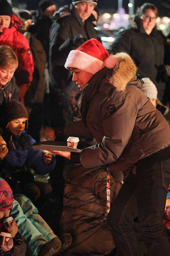 STITTSVILLE, ON. November 28. 2015. Tim Hortons workers giving out hot chocolate at Parade of Lights. Barry Gray (For StittsvilleCentral).