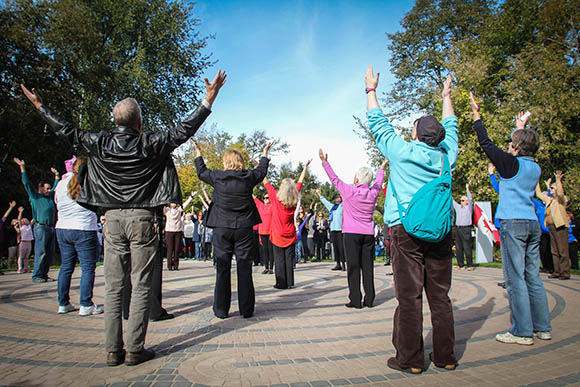 STITTSVILLE, ON, October 8, 2015. W. J. Bell Rotary Peace Park. Opening movement mandala. Barry Gray (StittsvilleCentral)