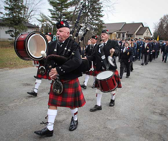 STITTSVILLE, ON. November 11, 2015. Members of the Arnprior Pipe Band. (Barry Gray /StittsvilleCentral)