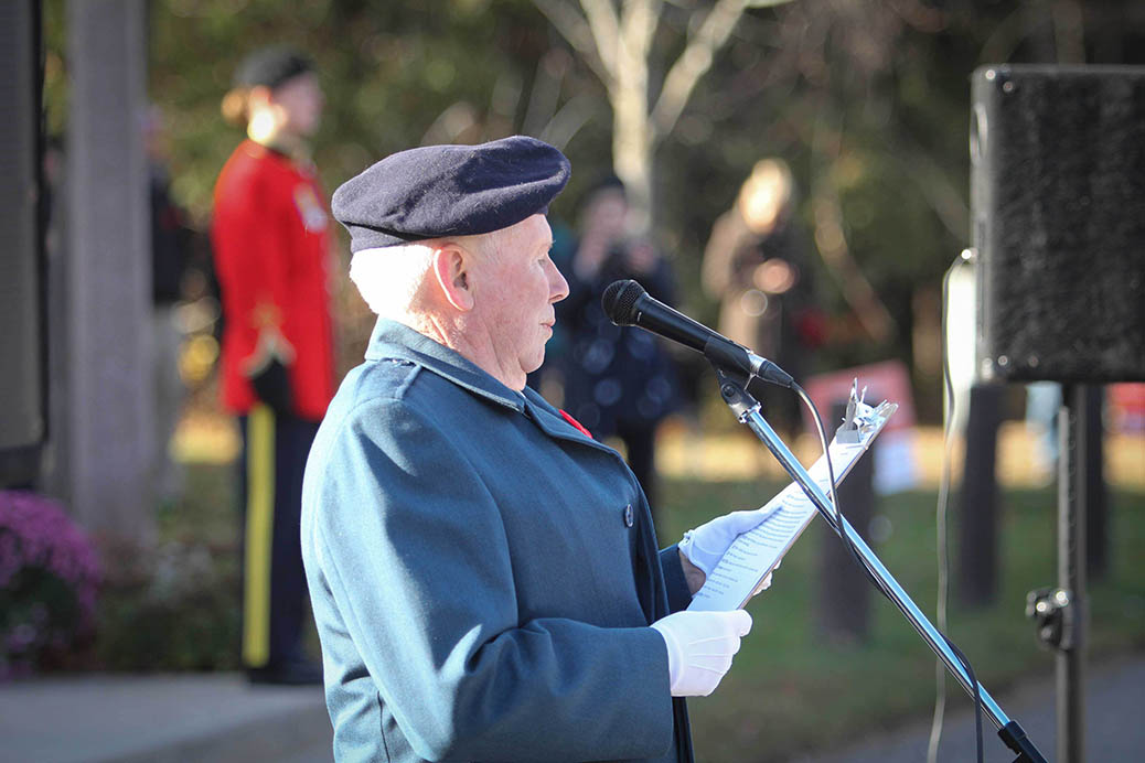 STITTSVILLE, ON. Nov.11 2016. Stittsville Legion member and MC Ron Currie welcomes everyone to the 2016 Remembrance Service. Barry Gray (StittsviilleCentral)