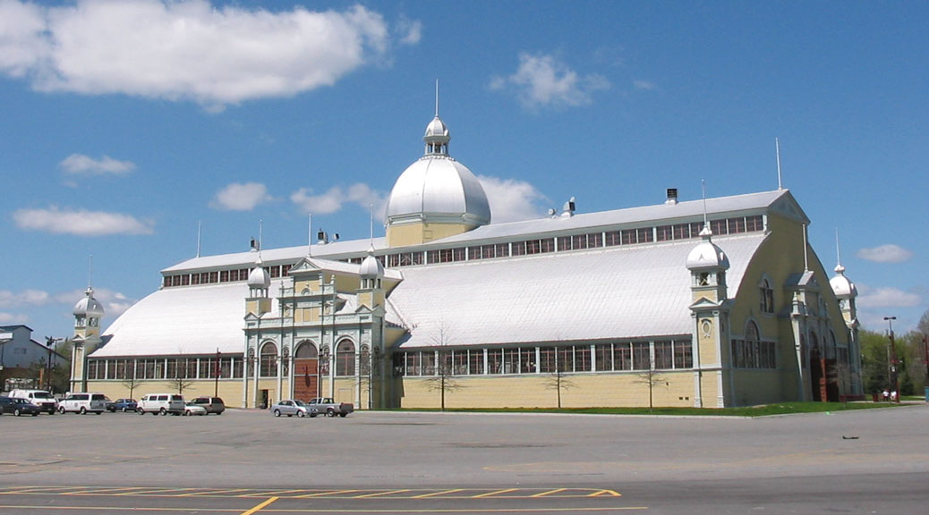 Aberdeen Pavilion at Lansdowne Park, May 2004.