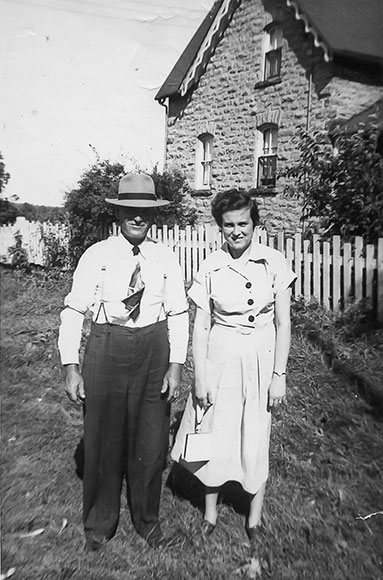 Byron Boyd (son of James) and his daughter Maybelle Boyd, 1940s. Photo courtesy of Melodie McCullogh.