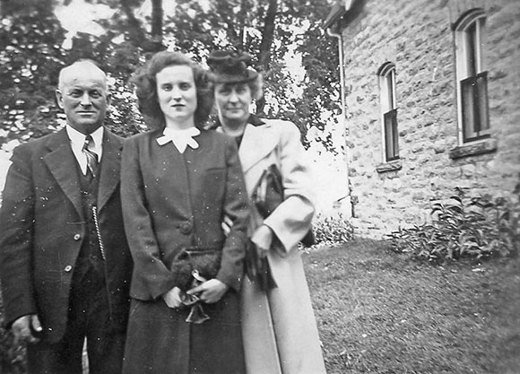 Byron, Maybelle and Gertrude Boyd, 1940s. Photo courtesy of Melodie McCullough.