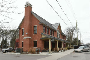 Alice's Village Cafe