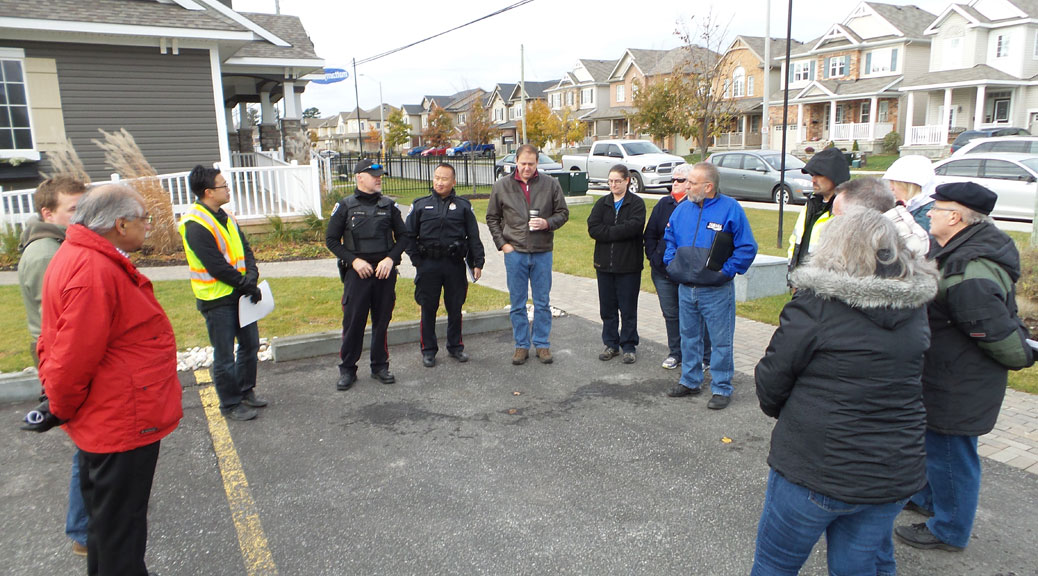 Fairwinds residents meet with councillor Qadri, Ottawa police and traffic staff from the City of Ottawa.