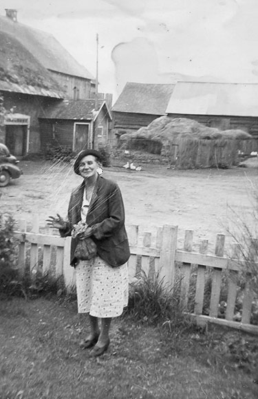 Gertrude Boyd (married to Byron), 1940s. Photo courtesy of Melodie McCullogh.
