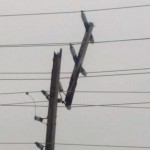 Snapped hydro pole cuts power to 12,000 customers on Saturday afternoon