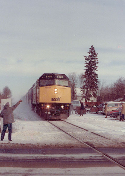 The last train through Stittsville on its way to the west coast, January 14, 1990. Photo by John Bottriell.