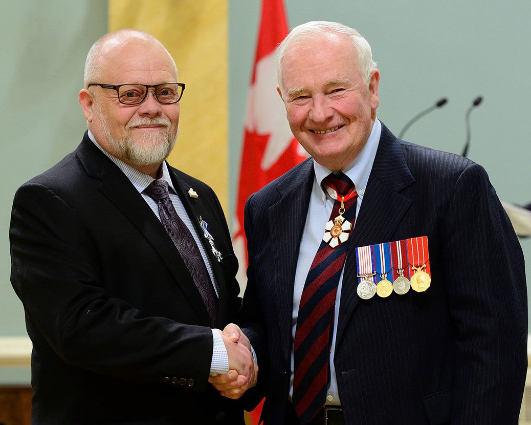 "Stephen ""Buddha"" Leafloor receives the Meritorious Service Cross at Rideau Hall in Ottawa from Governor General David Johnston."