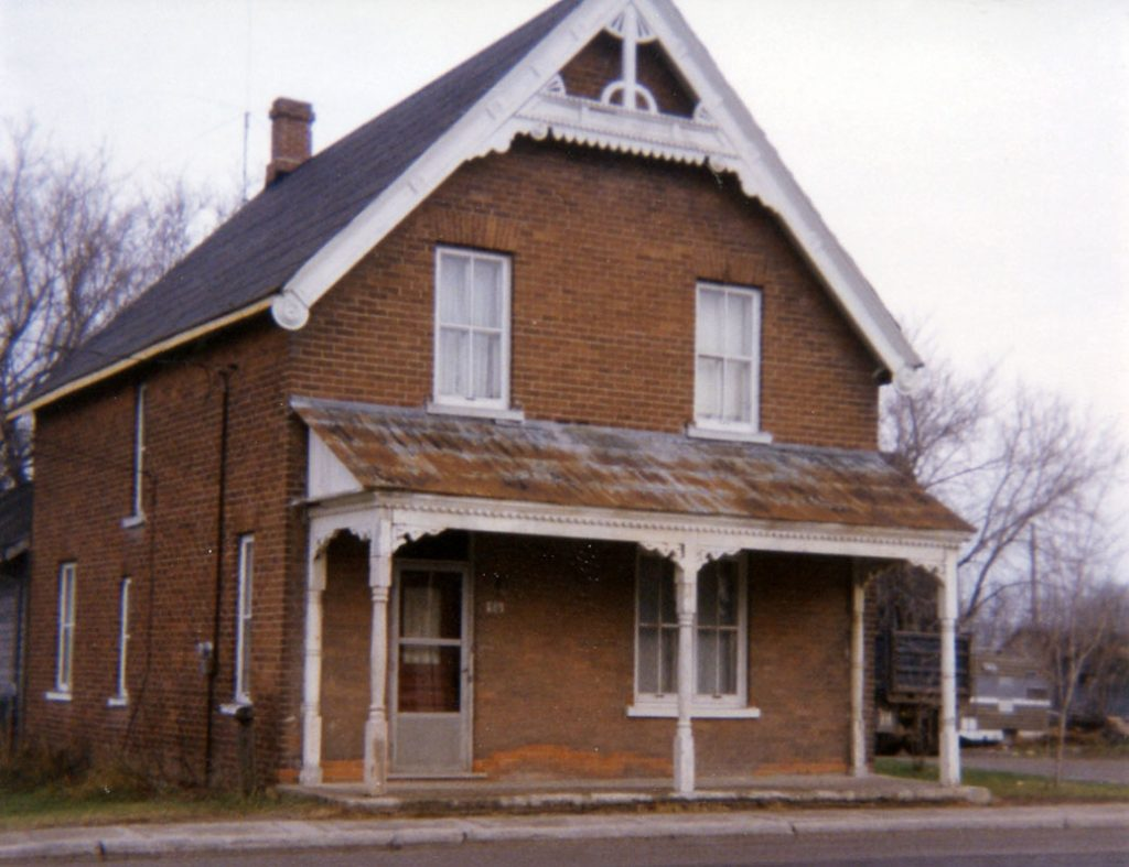 Ab & Gwen Lytle's house, 1976. Photo from the Goulbourn Township Historical Society archives via Lesley McKay.