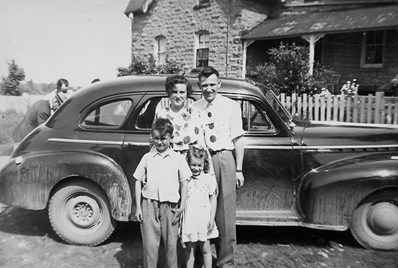 Maybelle (nee Boyd) and Frank McCullough, with nephew and niece Barry and Karen, children of Vincent Boyd, early 1950s. Photo courtesy of Melodie McCullough.