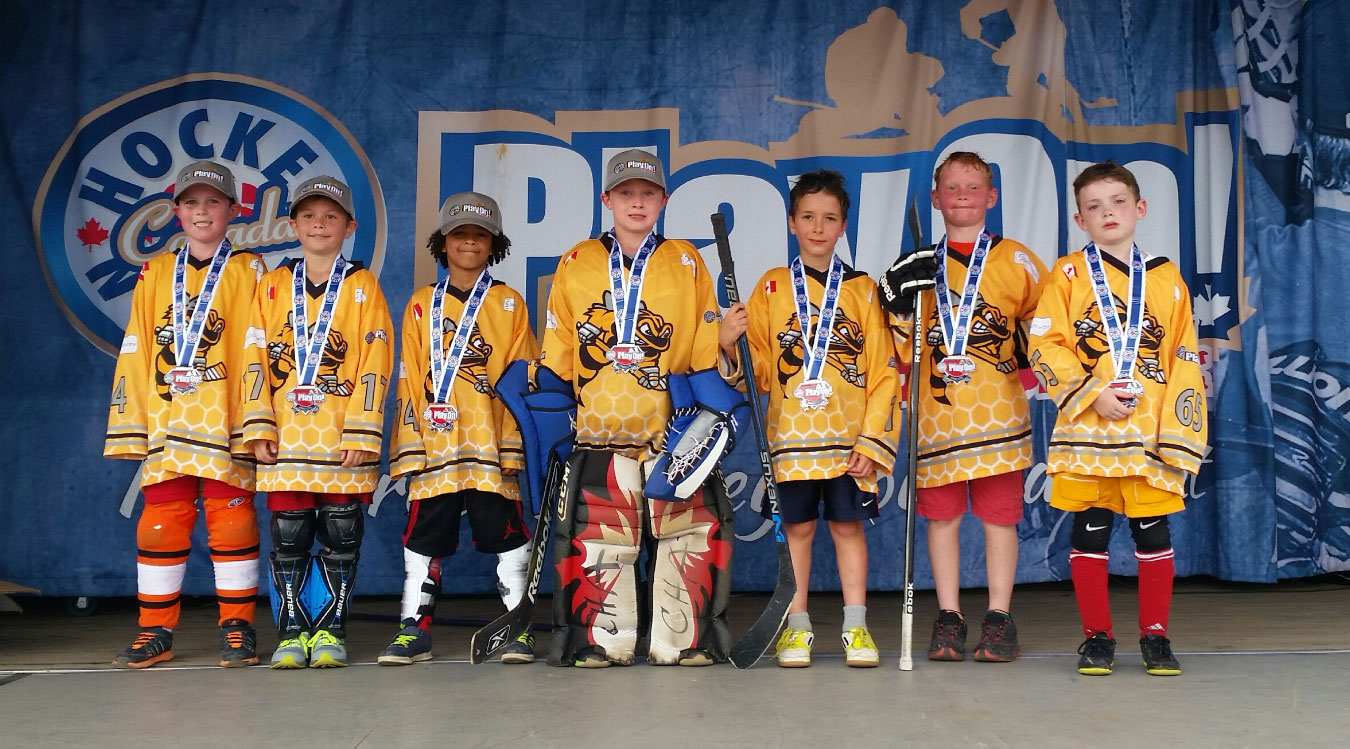 SKM Software Stingers receiving their Finalist Medals (rleft to right: Jamie Charlebois, Matthew Mines, London Knight, Brian Kirkwood, Ramsey Stretch, Andrew Zapp, Drew Morris)