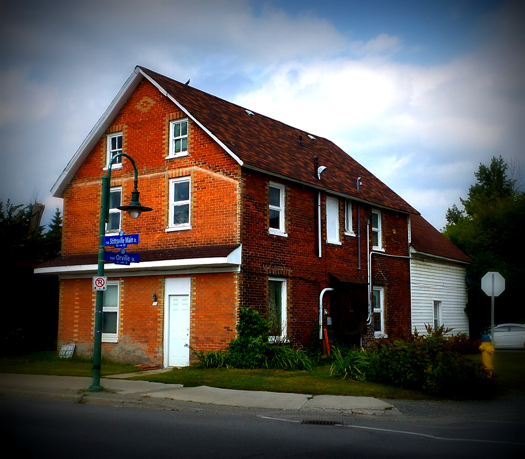 The old Temperance Hotel on Stittsville Main Street, at the corner of Orville. Photo by Glen Gower / September 2015
