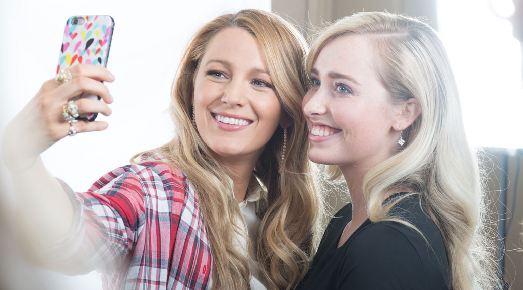 Actress Blake Lively poses with National Honouree Eva von Jagow of DUENorth prior to the Women of Worth Awards Gala in Toronto. L'Oréal Paris' Women of Worth philanthropic program recognized 10 Canadian volunteer champions making a difference in their communities by awarding $110,000 in financial grants to their causes.